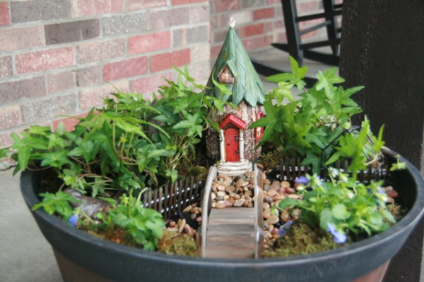 Creating Simple Outdoor Spaces for Kids - Day2Day Joys
